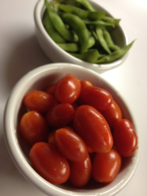 Snack mantra: tomatoes and edamame. (Y)om.