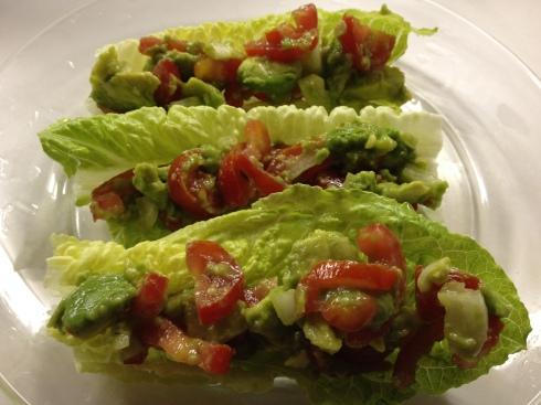 Guacamole lettuce wrap
